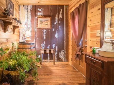 Photo for Queen Handicap Room with Roll In Tile Shower and cabin decor