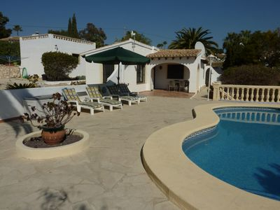Photo for Lovely secluded Villa in quiet road in walking distance to amenities