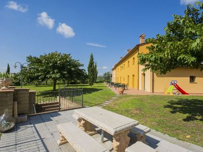 Photo for Beautiful  villa for 6 guests with pool, WIFI, TV and parking
