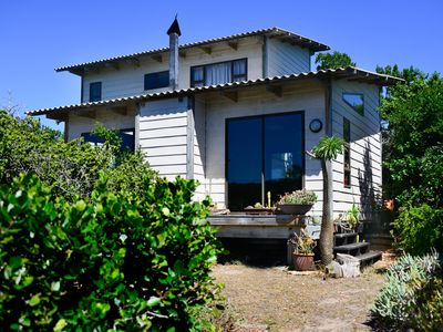 Photo for Open, airy home w/ deck & WiFi - walk to the beach & Seal Bay Nature Reserve!