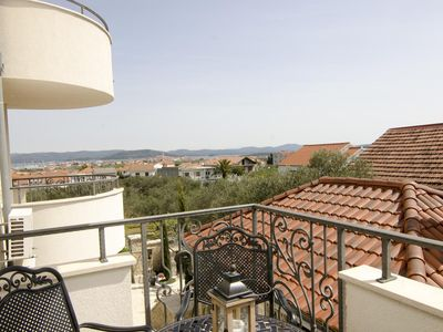 Photo for Two bedroom apartment with terrace and sea view Murter (A-16655-g)