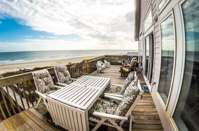 Upper deck beachside views