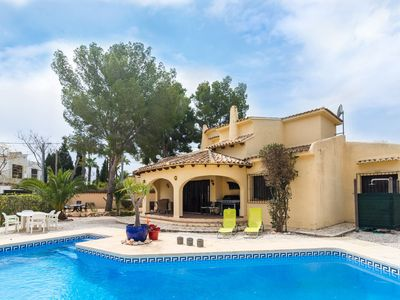 Photo for Detached holiday home in Moraira in quiet villa district with private pool