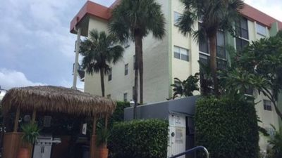 Photo for Cozy 2-Bedroom Condo with Great Amenities in a Resort-Like Complex