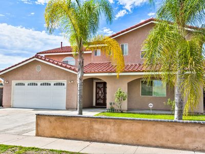 Photo for Luxurious 4400 sqft house Disneyland, Knotts, water park, beach,  Kid's rooms