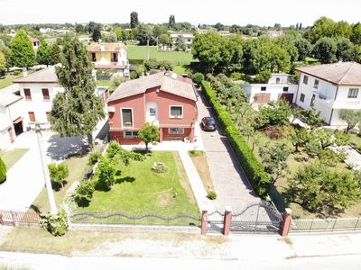 Photo for Villa surrounded by greenery