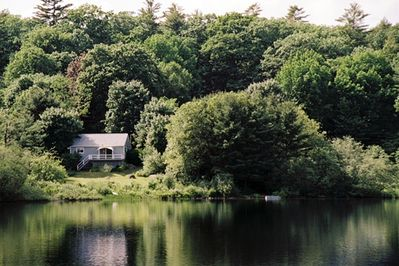 River's Edge Cottage on the Megunticook River