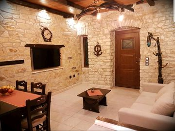 Search 698 holiday rentals