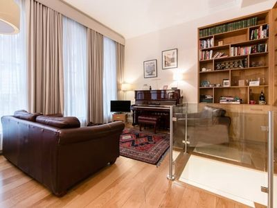 Photo for 5 STAR - CENTRAL LONDON, QUIET STREET CLOSE TO OXFORD CIRCUS