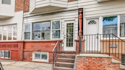 Photo for Nicely Designed Apt in Traditional South Philly Area