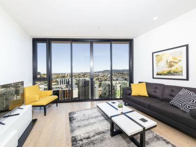 Photo for Luxury 1BD Apartment in the Heart of South Bank