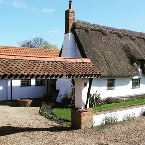 Photo for *Charming Cottage* 6 The Green,  close to Bury St Edmunds