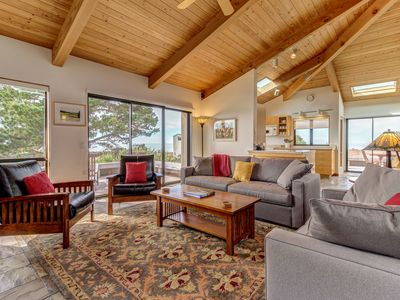 Photo for Oceanview bluff home w/ private hot tub and access to shared pool/saunas/tennis!