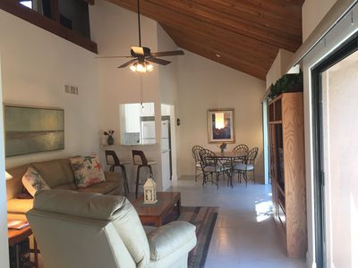 Serenity on Siesta Key with access to beautiful gulf waters and close to Village