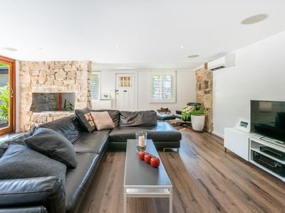 Photo for Great family house in superb Paddington location  *25% DISCOUNT APPLIED