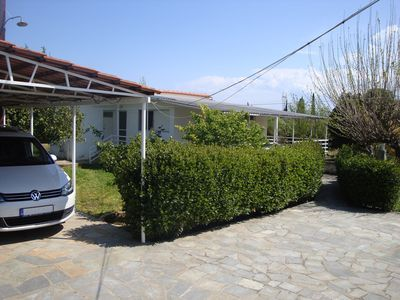 Photo for Three Bedroom Country House 600m from the beach
