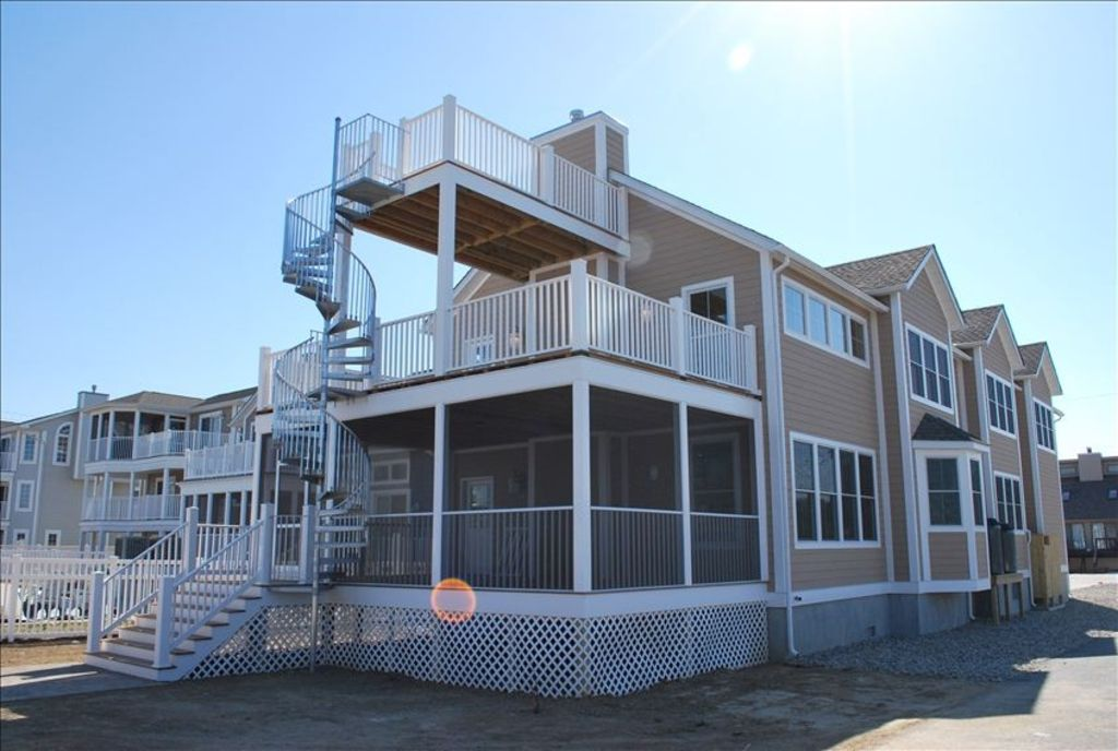 New Waterview Home Steps From Beach Handicap Access