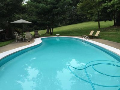 Tappan Lake Cottage 16 Acres with Private Pool, Pond, Fireplace!