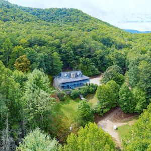 Photo for Cold Mountain Lodge on Little East Fork Trout Stream