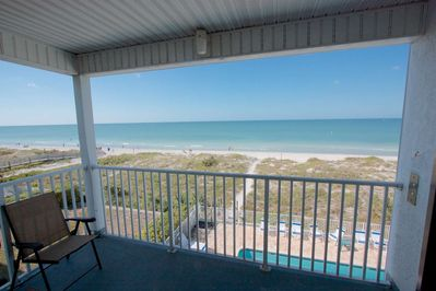 Take strolls along the quiet sugar sand, watch the sun set over the Gulf of Mexico from your private beachside balcony.