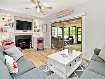 Walk, Bike, Or Shuttle to Beach With All Updated Amenities Pool & Tennis