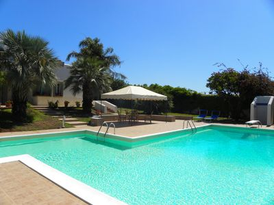 Photo for Villa Blanca - villa with pool and annex 2 km from the sea 8 pax