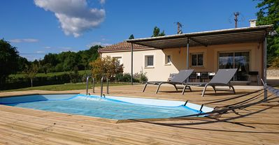 Photo for 3BR House Vacation Rental in Saint Nexans, Nouvelle-Aquitaine