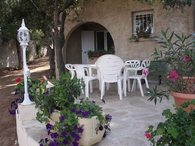 Photo for Apartment feet in water, direct access to the sea, 1 bedroom, sleeps 6