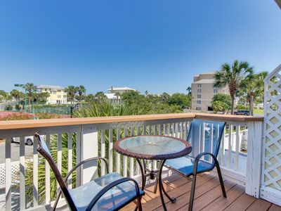 Photo for NEW LISTING! Lovely townhouse with deck, ocean views, and easy beach access!