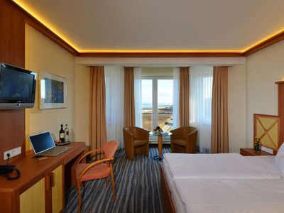 Photo for Comfort Double Room with Roof Terrace - Strandhotel Seerose Kölpinsee