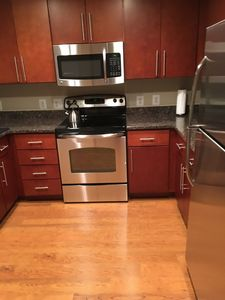 Photo for Luxury 2BR Apt in DC, walk to all attractions + Free Park