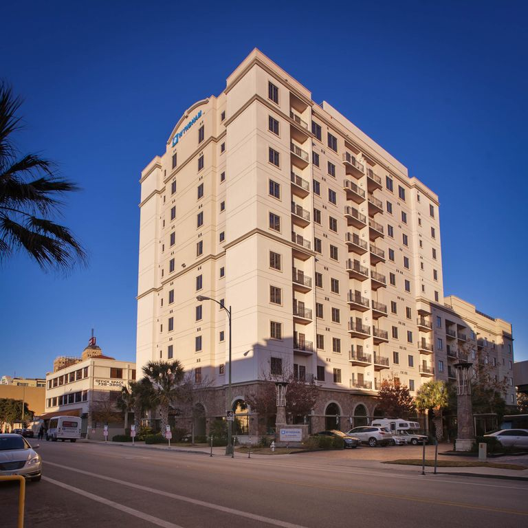 Downtown San Antonio Resort Close To RiverW...