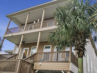 Waterfront with 2 Master Suites Pool, Hot tub