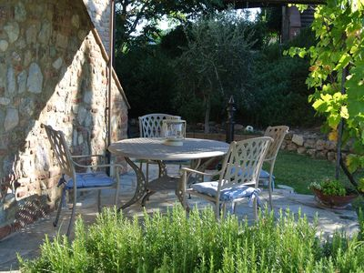 Photo for Near San Gimignano Restored Air Conditioned Apartment with WiFi, Pool & Garden