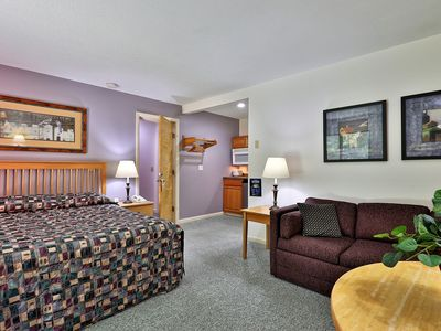 Photo for Deluxe 2 Room Studio on the 1st floor with a heated pool