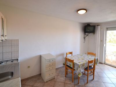 Photo for Apartment Ankica in Pag/Mandre - 4 persons, 2 bedrooms