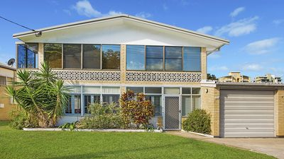 Photo for 1/71 Taylor Ave Golden Beach QLD