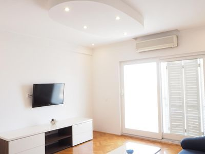 Photo for Two bedroom apartment with balcony and sea view Makarska (A-15173-d)