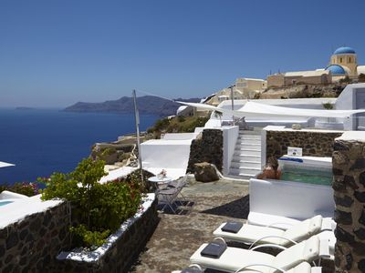 Photo for THE DON VILLA oia santorini 3 Bedrooms 3 Bathrooms Outdoor Jacuzzi Up to 7 Guests !