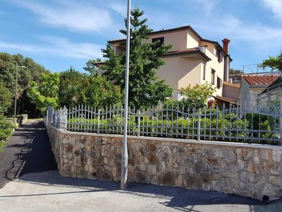 Photo for Apartment Ginkgo, 3 + 1 persons - Apartments Ginkgo, Banjole - Pula