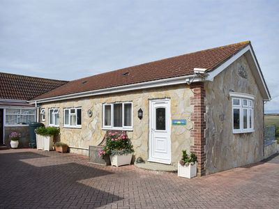 Photo for 2 bedroom accommodation in Chickerell, near Weymouth