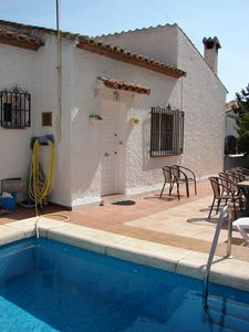 Photo for Villa near of the Burriana beach with garden and private pool, 3 bedrooms