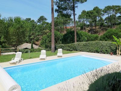 Photo for Nice apartment for 6 people with private pool, internet, TV, balcony, pets allowed and parking