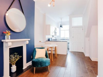 Photo for Spacious, Design 1 Bed w/ensuite Bath in Islington