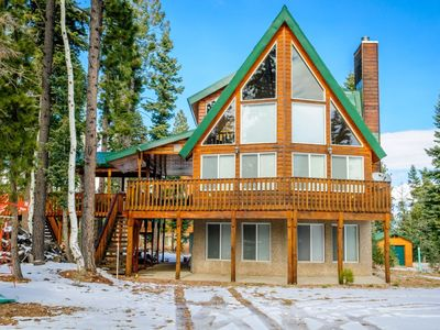 Photo for Fabulous cabin with great views of the area! Get cozy with your loved ones around the fireplace or e