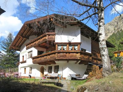 Photo for Apartment Haus Bergwind (PZT370) in Sankt Leonhard im Pitztal - 10 persons, 3 bedrooms