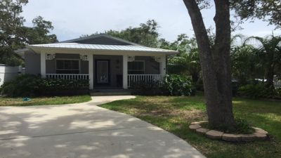 Photo for Charming oasis nestled between the ocean and the intra-coastal waterway
