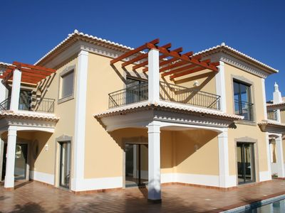 Photo for Luxury Villa With Private Heated Pool 300yds to Beach, Sleeps 8-10