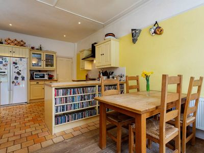 Photo for Four Bedroom House in Family Friendly Balham, Sleeps 8 (Veeve)