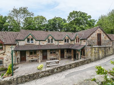 Photo for THE SHIPPON, pet friendly, with a garden in Llangollen, Ref 906210